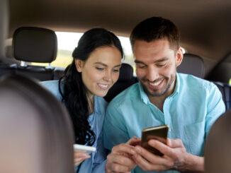Par på køretur