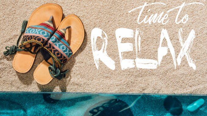 Strand og sandaler