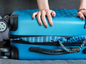 Fyldt kuffert